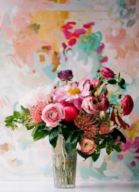 Match flowers to a colour scheme - http://pinterest.com/pin/339036678167726912/