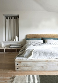 Distressed neutral bed - http://handcraftedinvirginia.tumblr.com/image/47107443989