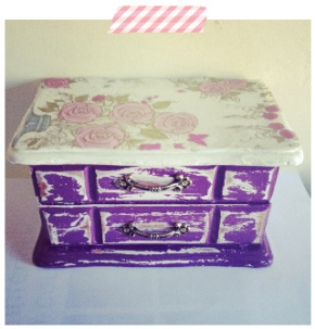 How To: Shabby Chic Jewellery Box
