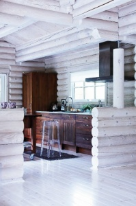 Modern cabin - http://blissfulb.squarespace.com/blog/tag/my-happy-place